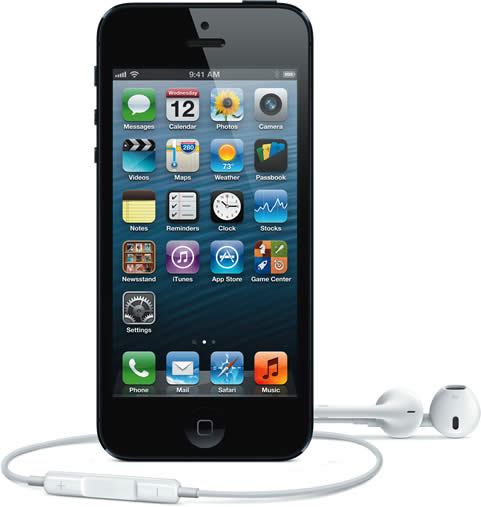 Apple iPhone 5 Black with Earphones
