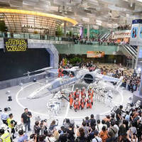 Read more about Changi Airport Star Wars X-wing & TIE Fighter 13 Nov 2015 - 5 Jan 2016