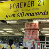 Rock the look without burning a hole in your pocket. Grab Forever 21 apparel, bags and shoes from as low as $10 at their atrium event at Big Box from 29 Apr to 8 May 2016