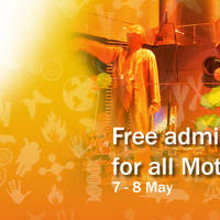 Science Centre celebrates Mother's Day with free admission for all mothers from 7 May to 8 May 2016. Make your mother feel extra special.