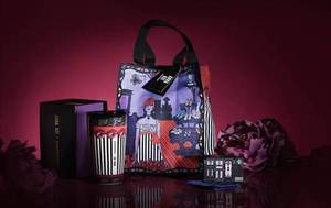 Featured image for Starbucks New Anna Sui Limited Edition Collection Available From 7 Dec 2015