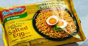 Featured image for Indomie Salted Egg Instant Noodles now available at Fairprice Finest stores from 5 Oct 2018