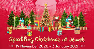 Featured image for Jewel Changi Airport celebrates the festive season with 16m tall Christmas tree, magical snowfall & more (19 Nov – 3 Jan 2021)